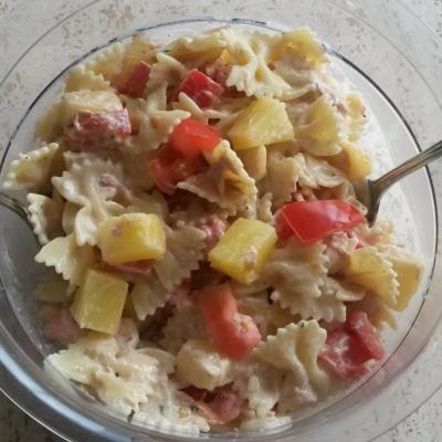 Salade de pâtes au thon et ananas